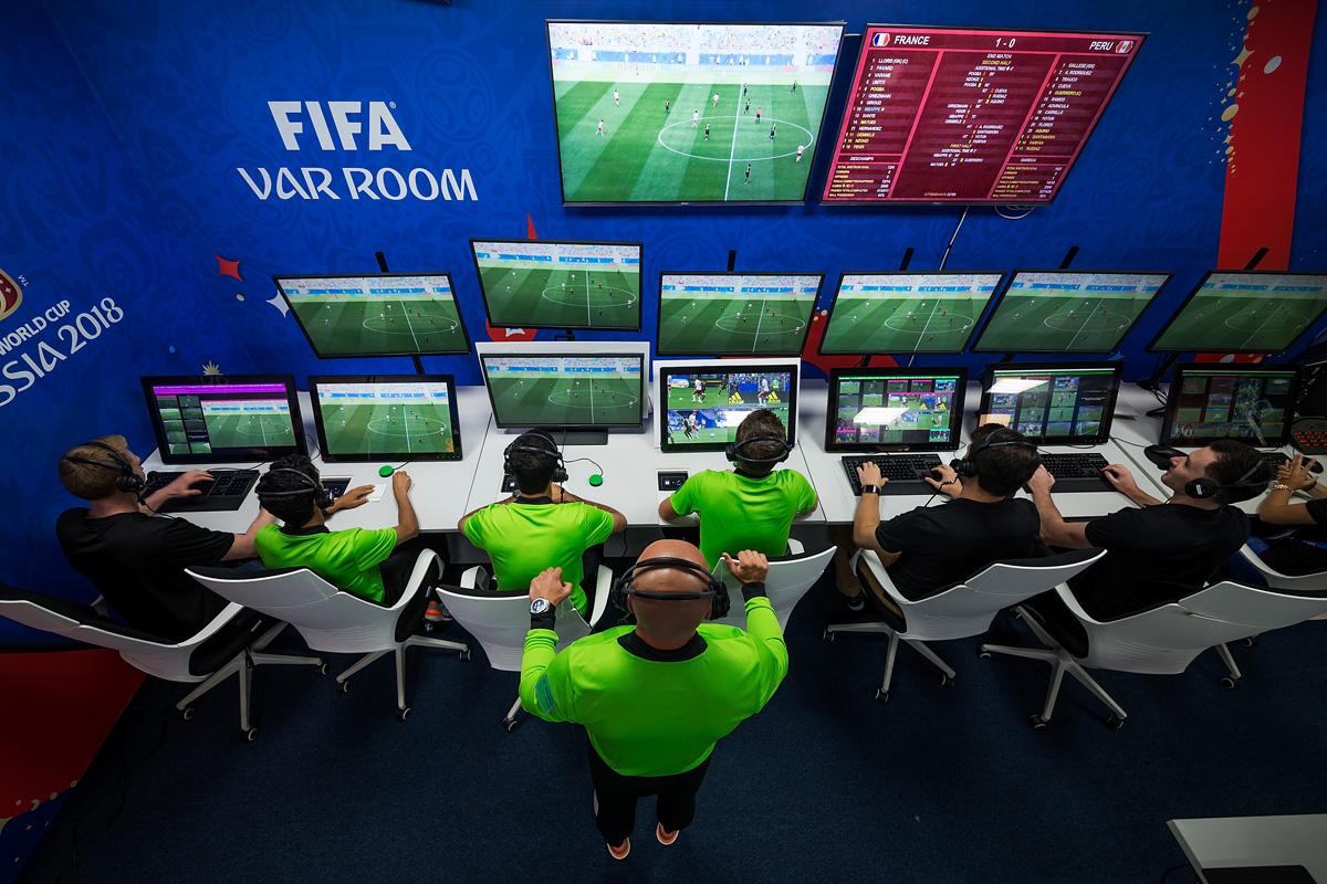 Video Assistant Refereeing, футбол, технологии в спорте, чм 2018